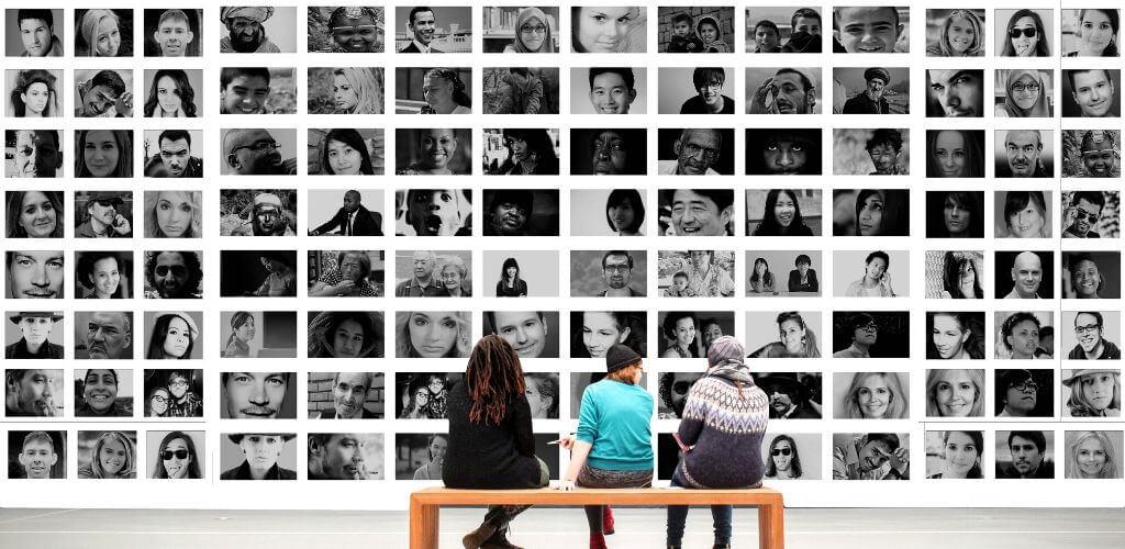 Make, create or organize your photo memories