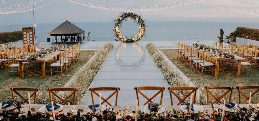 Cabana wedding venue best cliff edge